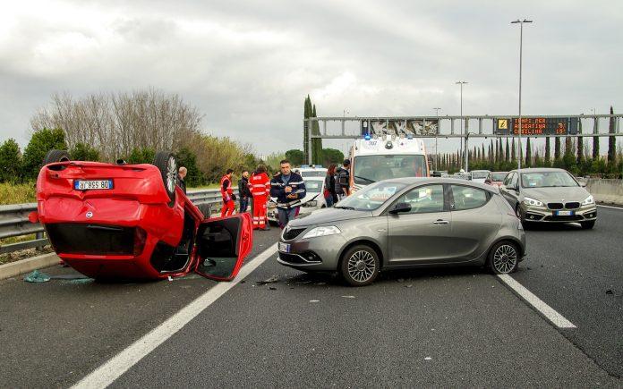 פגיעות קלות בתאונות דרכים